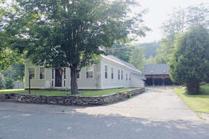 Featured Property in Perkinsville, VT 05151