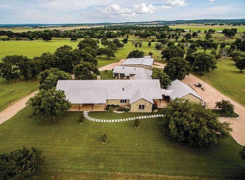 Single Family for Sale at 124 Draper-Smith Lane Fredericksburg, Texas 78624 United States