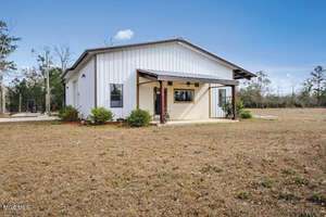 Featured Property in Kiln, MS 39556