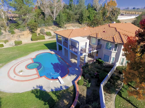 Single Family for Sale at 1753 Vista View Riverside, California 92506 United States