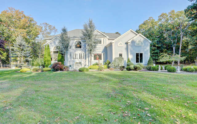 Single Family for Sale at 387 Brewers Bridge Rd Jackson, New Jersey 08527 United States