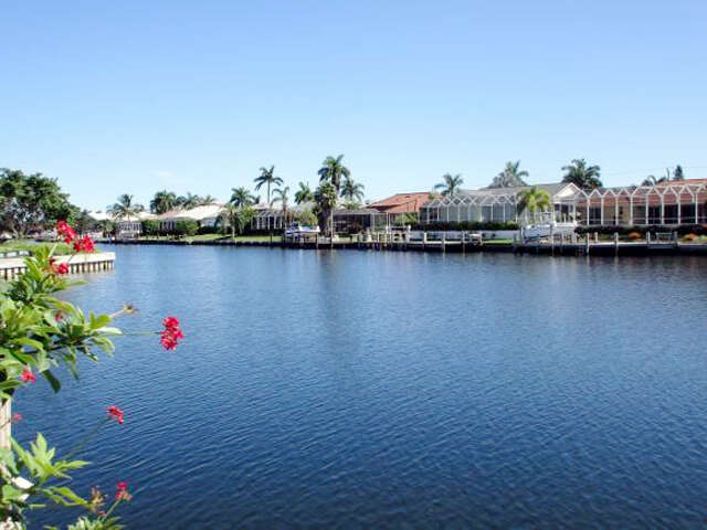 Single Family for Sale at 1170 Cara Court Marco Island, Florida 34145 United States