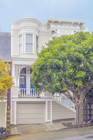 Single Family for Sale at 2115 Baker St San Francisco, California 94115 United States