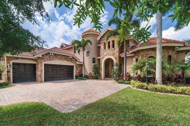 Single Family for Sale at 10565 Versailles Court Wellington, Florida 33449 United States