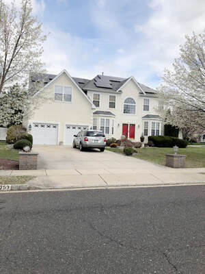 Featured Property in Williamstown, NJ 08094