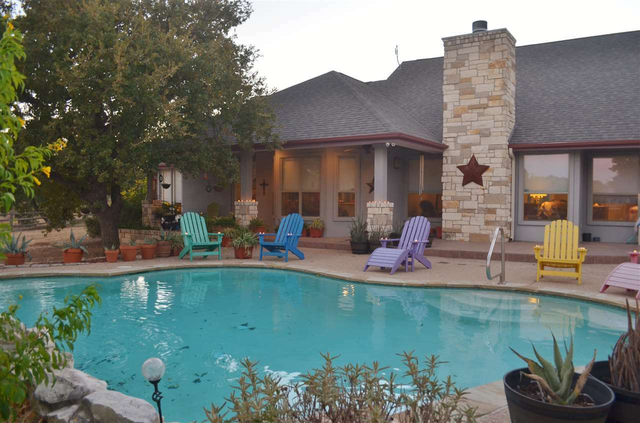 Additional photo for property listing at 467 Juniper  Kingsland, Texas 78639 United States
