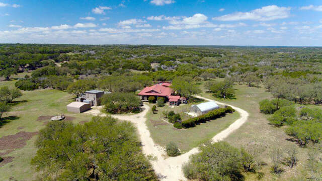 Single Family for Sale at 1095 Golden Way Rd Mountain Home, Texas 78058 United States