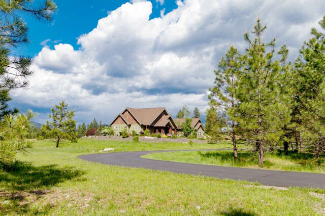 Single Family for Sale at 5609 E. Lancaster Rd. Hayden, Idaho 83835 United States