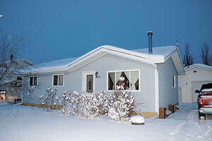 Featured Property in Rycroft, AB