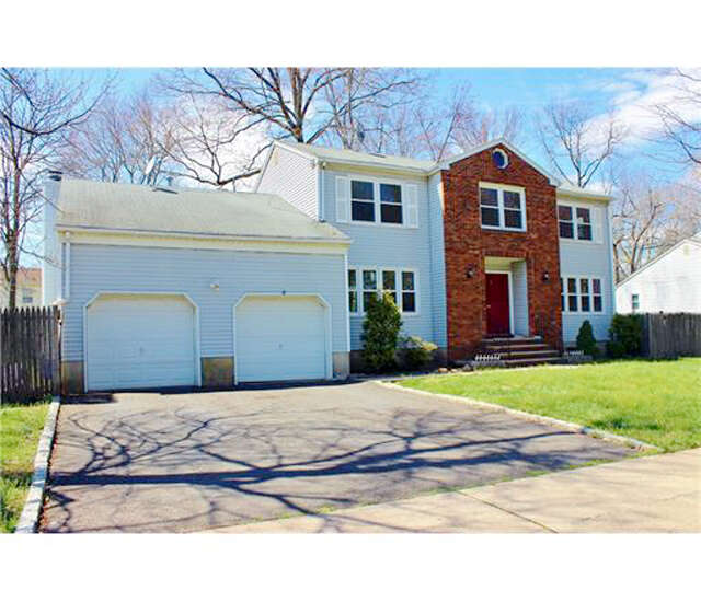 Single Family for Sale at 7 West Drive Edison, New Jersey 08820 United States