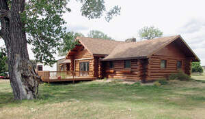 Featured Property in Moorcroft, WY 82721