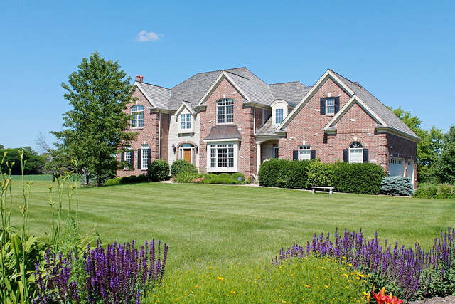 Single Family for Sale at 5816 Meadowbrook Crystal Lake, Illinois 60014 United States