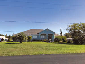 Featured Property in Indian Lake Estates, FL 33855