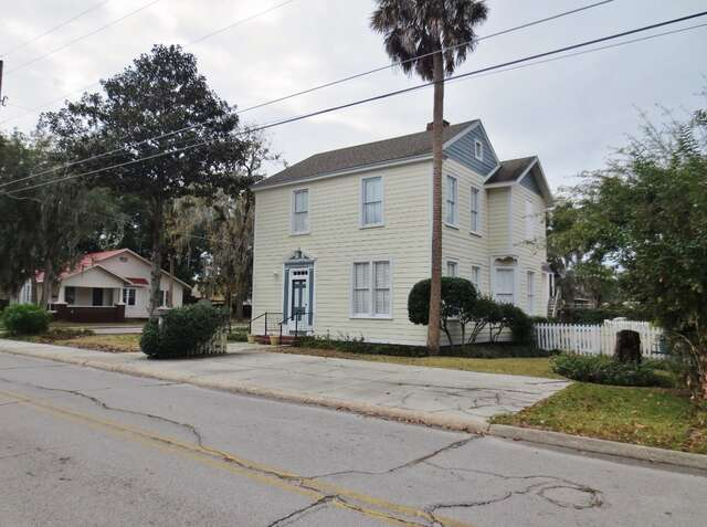 Featured Property in LAKE CITY, FL, 32025
