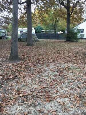 Land for Sale, ListingId:49969285, location: 607 Dillon Street Thomasville 27360