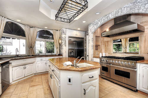 Single Family for Sale at 1802 Skyline Drive North Tustin, California 92705 United States