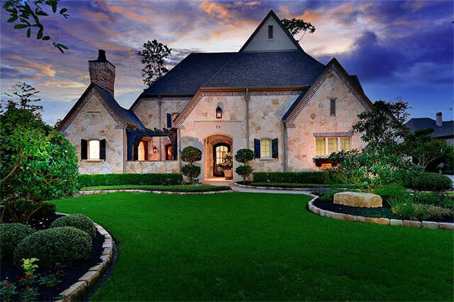 Single Family for Sale at 75 S Player Manor Circle Spring, Texas 77382 United States