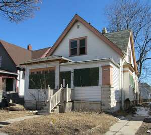 Multi Family for Sale, ListingId:50489151, location: 3536 N 19th St Milwaukee 53206