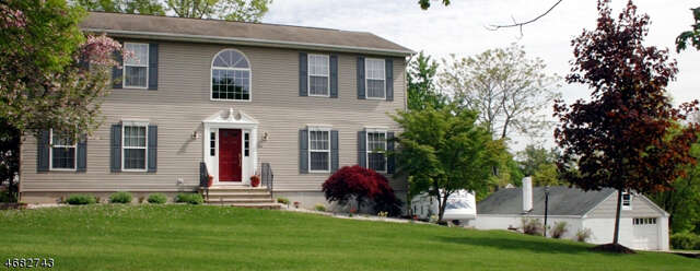 Single Family for Sale at 108 Miller Ln Bridgewater, New Jersey 08807 United States