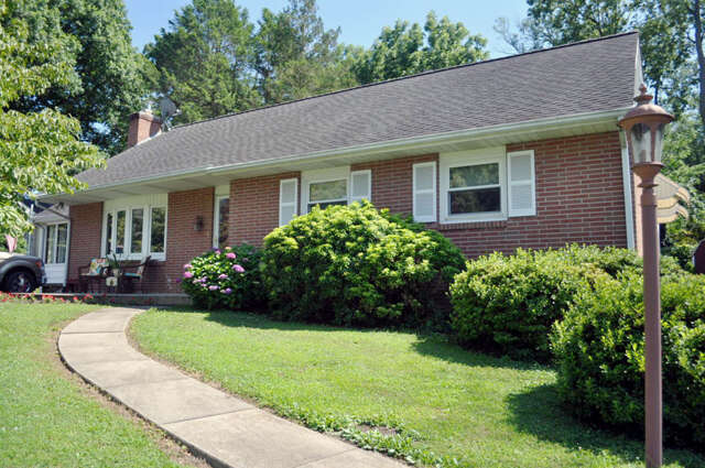 Real Estate for Sale, ListingId:46298087, location: 1514 SPRINGSIDE DRIVE Lancaster 17603