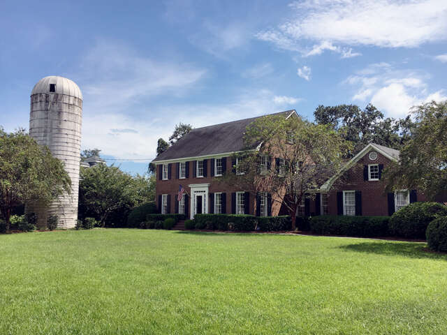 Single Family for Sale at 915 Paul Revere Court Charleston, South Carolina 29412 United States