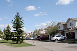 Featured Property in Edmonton, AB T5Z 3E7