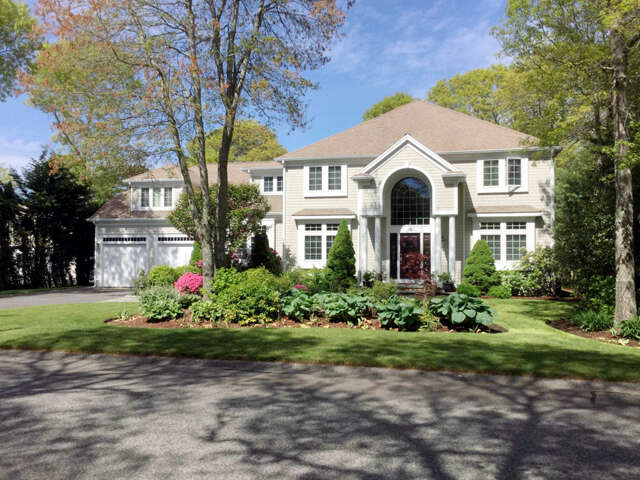 Single Family for Sale at 18 Smilin Jack Lane East Falmouth, Massachusetts 02536 United States