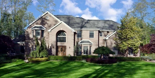 Single Family for Sale at 6 Fountayne Lane Manalapan, New Jersey 07726 United States