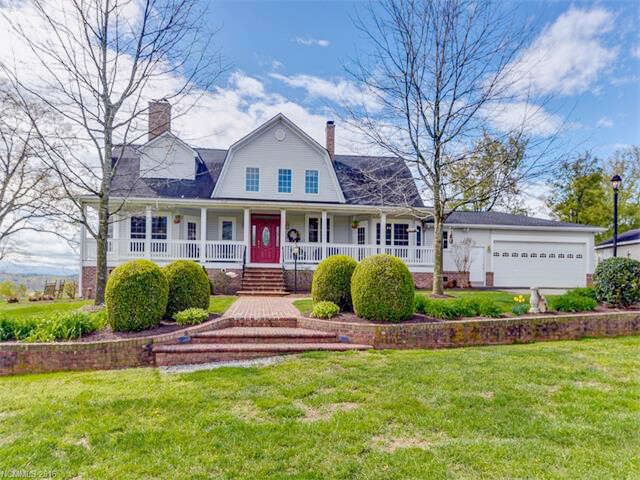Single Family for Sale at 455 Nesbitt Drive Mills River, North Carolina 28759 United States