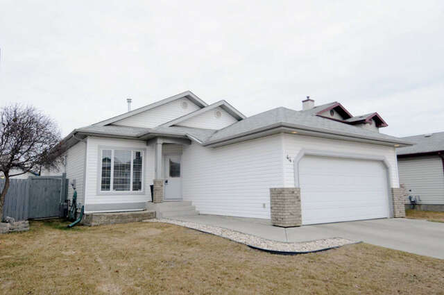 Featured Property in ST ALBERT, AB, T8N 6V1