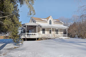 Featured Property in Caledon, ON L7C 1V4