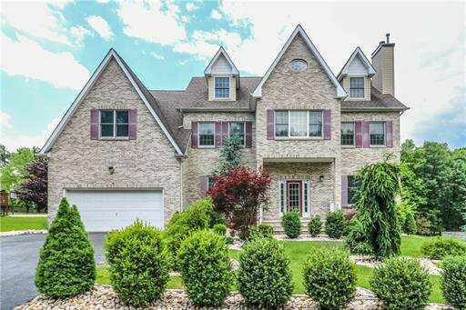 Single Family for Sale at 6 Milford Court Edison, New Jersey 08820 United States