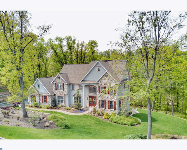Single Family for Sale at 33 Stonehill Drive Mohnton, Pennsylvania 19540 United States