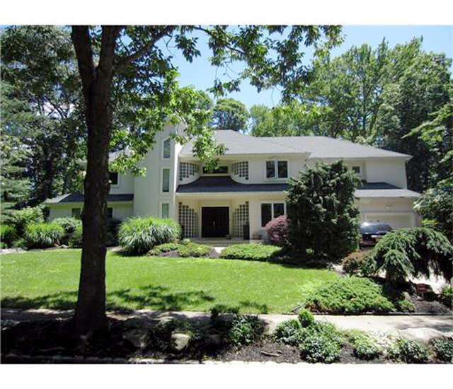 Single Family for Sale at 49 Independence Drive East Brunswick, New Jersey 08816 United States