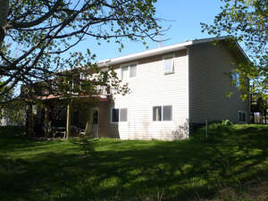 Featured Property in Ponoka, AB T4J 1R3