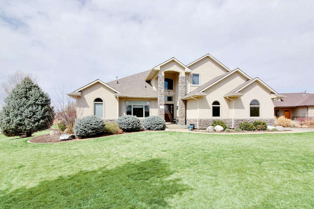 Single Family for Sale at 701 River View Dr Greeley, Colorado 80634 United States