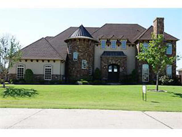 Single Family for Sale at 6049 Lakeside Drive Fort Worth, Texas 76179 United States
