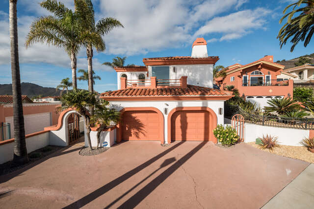 Single Family for Sale at 148 N Silver Shoals Pismo Beach, California 93449 United States