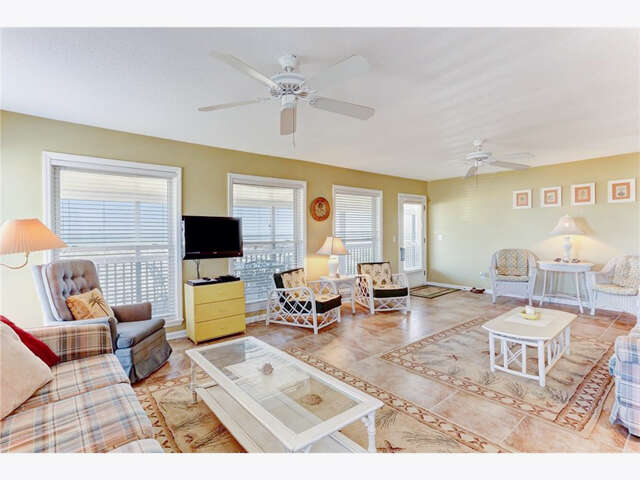 Single Family for Sale at 854 S Fletcher Avenue Fernandina Beach, Florida 32034 United States