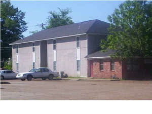 Multi Family for Sale, ListingId:35967259, location: 1007 FORTIFICATION ST Jackson 39203