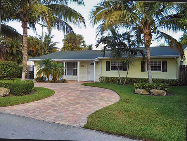 Single Family for Sale at 301 Enfield Road Delray Beach, Florida 33444 United States