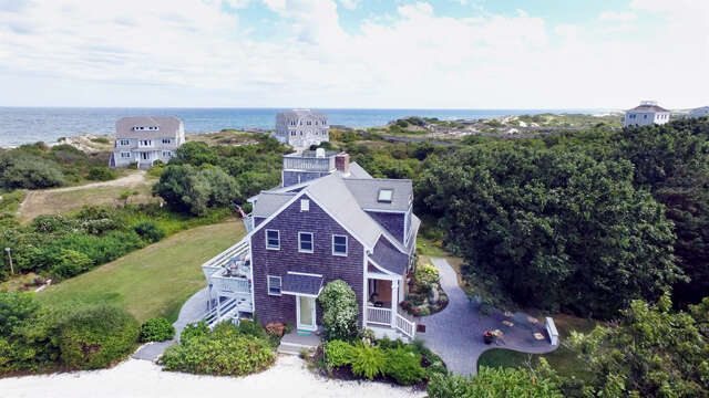 Single Family for Sale at 10 Beach Way East Sandwich, Massachusetts 02537 United States