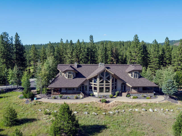 Single Family for Sale at 264 Barker Loop Donnelly, Idaho 83615 United States