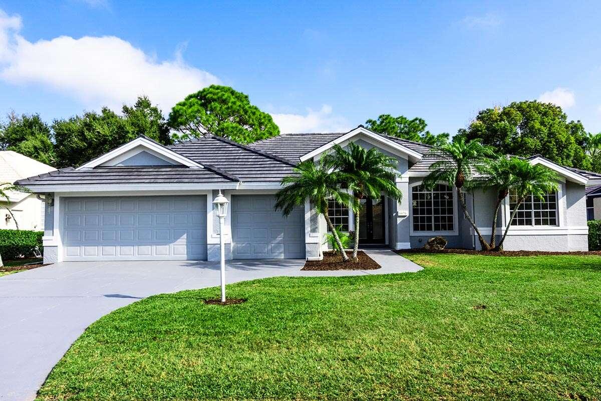 Single Family for Sale at 6676 Saint James Xing University Park, Florida 34201 United States