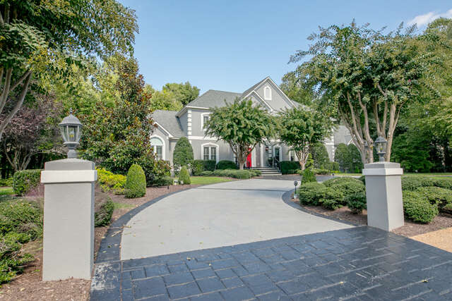 Single Family for Sale at 2711 Aylesford Drive Midlothian, Virginia 23113 United States