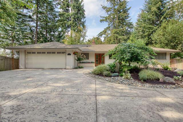 Single Family for Sale at 307 Slater Street Kirkland, Washington 98033 United States