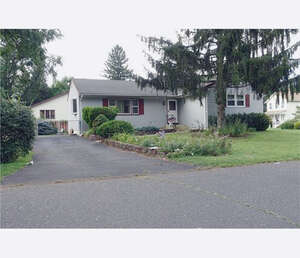 Featured Property in Spotswood, NJ 08884