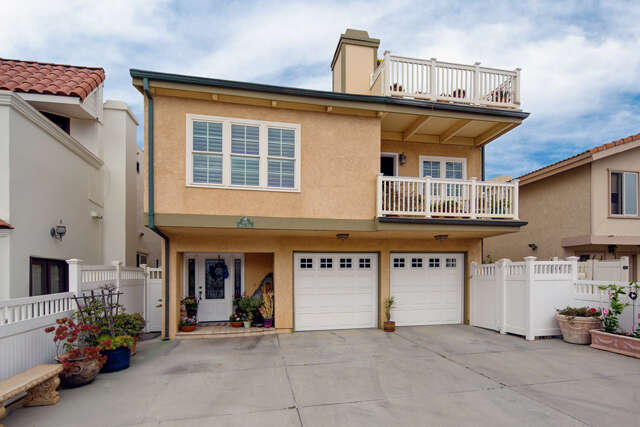 Single Family for Sale at 4008 Ocean Drive Oxnard, California 93035 United States