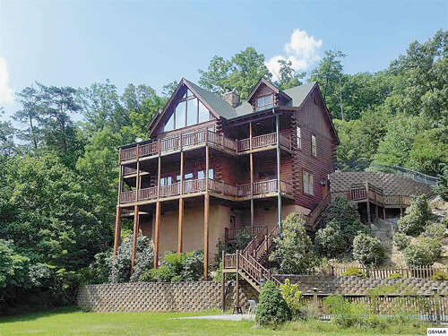 Featured Property in SEVIERVILLE, TN, 37862