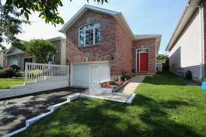 Single Family Home for Sale, ListingId:41002428, location: 717 Tanner Drive Kingston K7M 8Y2